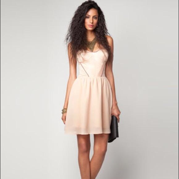 ed59ec7d4a5 Bershka Dressy Collection Strapless Mini Dress
